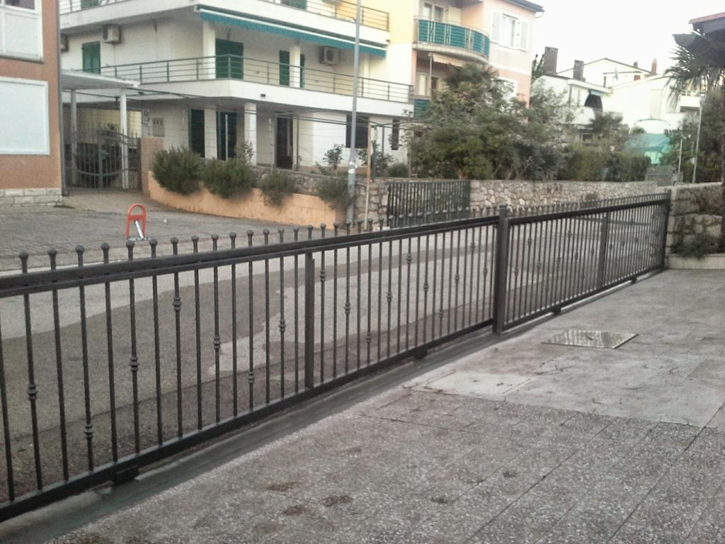 Izdelava, montaža unikatnih kovanih ograj, unikatne kovane ograje gallery photo no.18