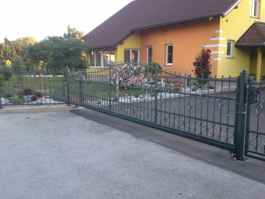 Izdelava, montaža unikatnih kovanih ograj, unikatne kovane ograje gallery photo no.20
