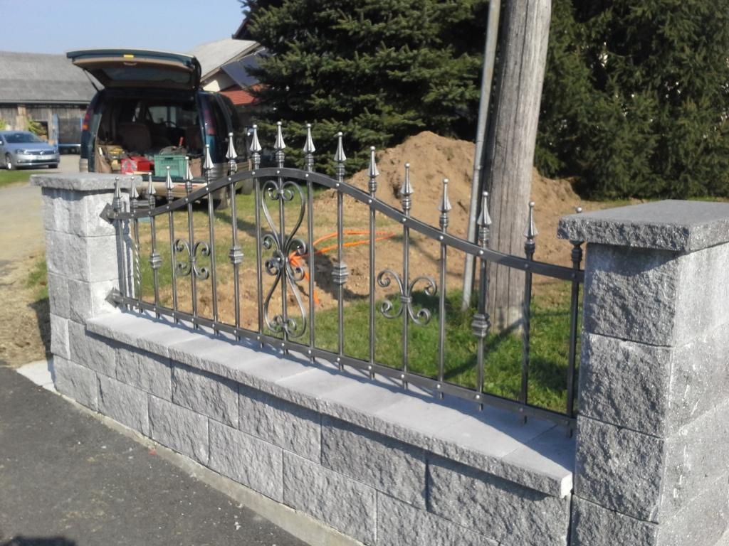 Izdelava, montaža unikatnih kovanih ograj, unikatne kovane ograje gallery photo no.34