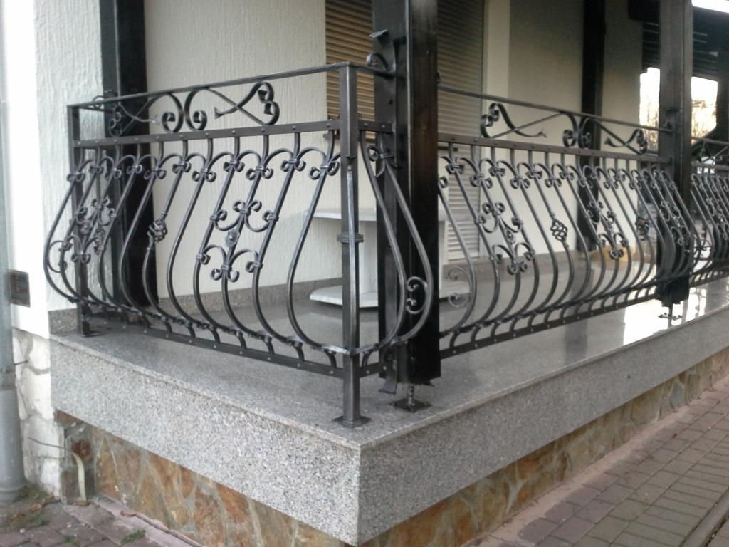Izdelava, montaža unikatnih kovanih ograj, unikatne kovane ograje gallery photo no.38