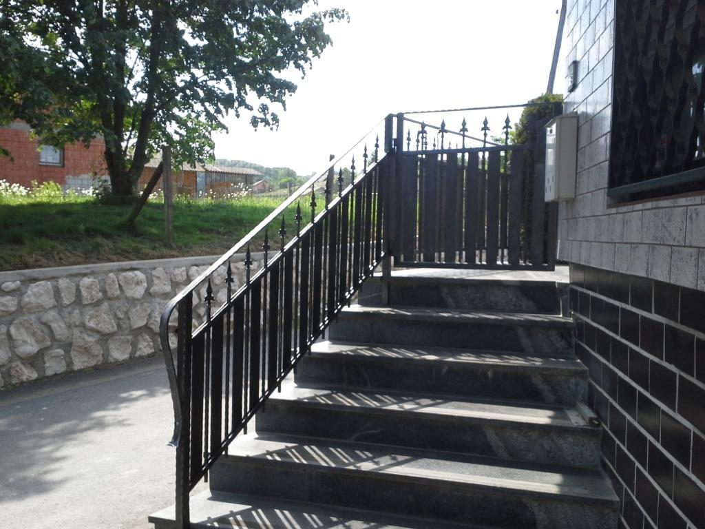 Izdelava, montaža unikatnih kovanih ograj, unikatne kovane ograje gallery photo no.48