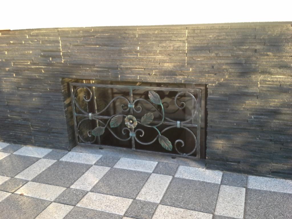 Izdelava, montaža unikatnih kovanih ograj, unikatne kovane ograje gallery photo no.77