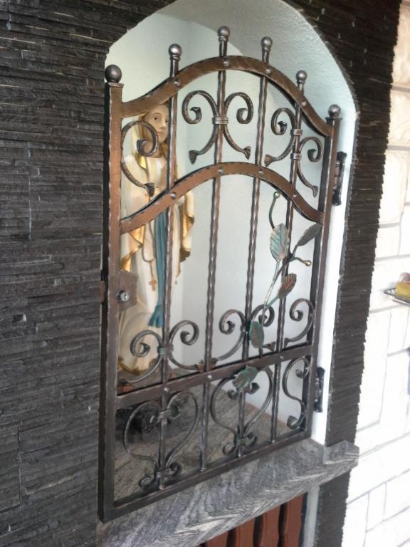 Izdelava, montaža unikatnih kovanih ograj, unikatne kovane ograje gallery photo no.79