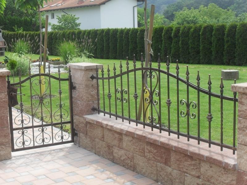 Izdelava, montaža unikatnih kovanih ograj, unikatne kovane ograje gallery photo no.91