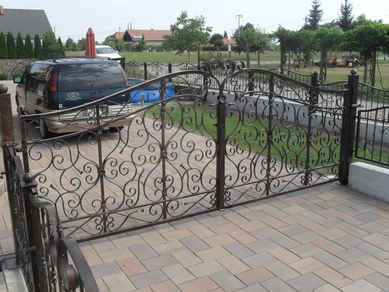 Izdelava, montaža unikatnih kovanih ograj, unikatne kovane ograje gallery photo no.92