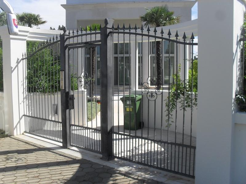 Izdelava, montaža unikatnih kovanih ograj, unikatne kovane ograje gallery photo no.95