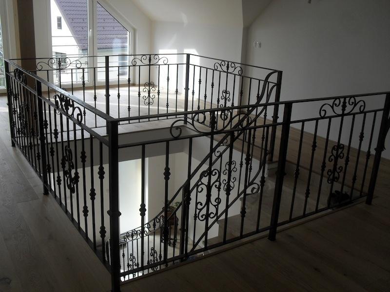Izdelava, montaža unikatnih kovanih ograj, unikatne kovane ograje gallery photo no.103