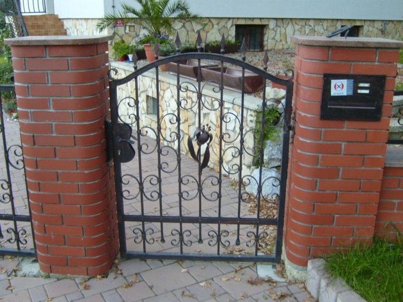 Izdelava, montaža unikatnih kovanih ograj, unikatne kovane ograje gallery photo no.113