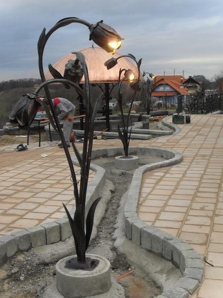 Izdelava, montaža unikatnih kovanih ograj, unikatne kovane ograje gallery photo no.130