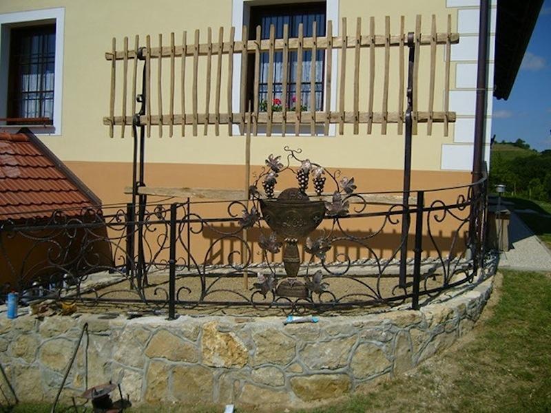 Izdelava, montaža unikatnih kovanih ograj, unikatne kovane ograje gallery photo no.156