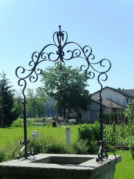 Izdelava, montaža unikatnih kovanih ograj, unikatne kovane ograje gallery photo no.171