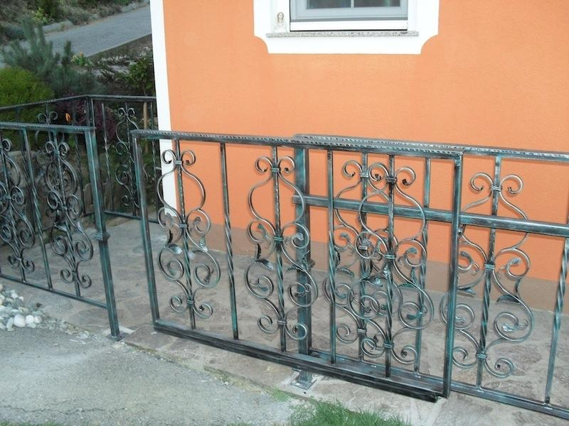Izdelava, montaža unikatnih kovanih ograj, unikatne kovane ograje gallery photo no.181