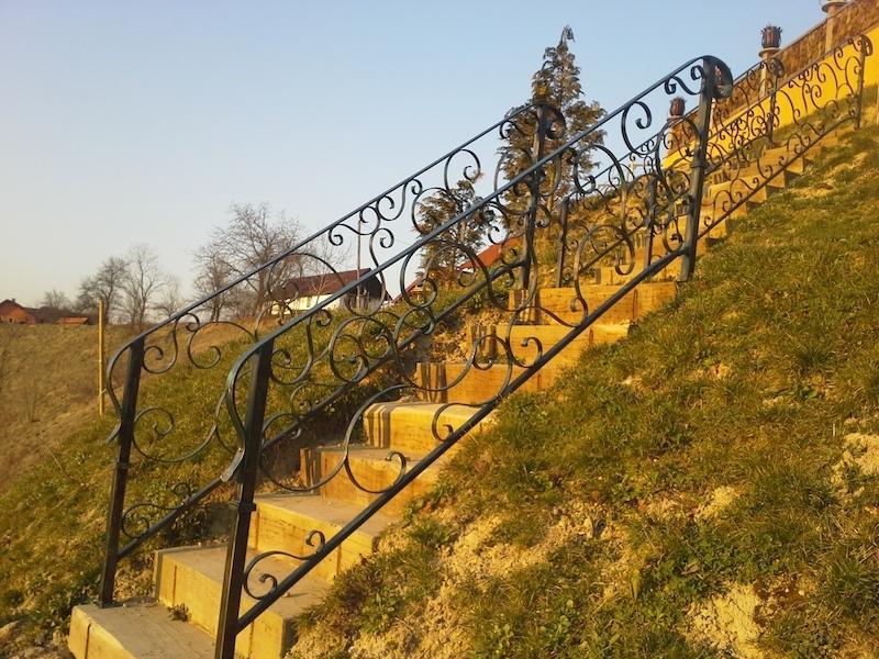 Izdelava, montaža unikatnih kovanih ograj, unikatne kovane ograje gallery photo no.185