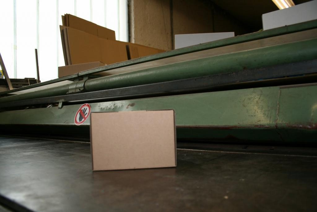 Kartonska embalaža, kartonske škatle, izdelava orodja za izsek embalaže gallery photo no.3