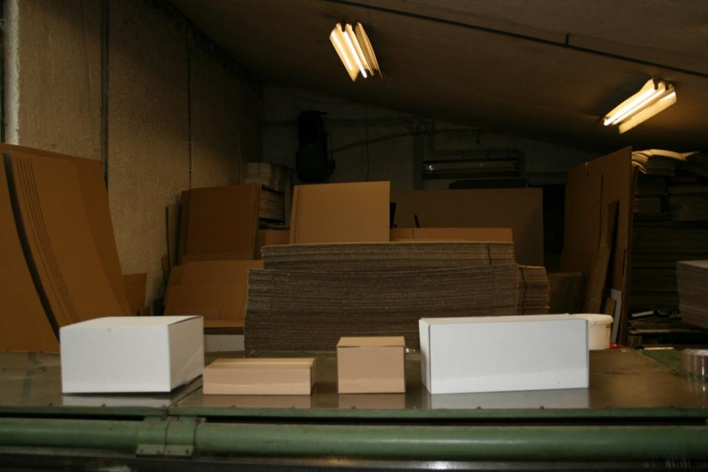 Kartonska embalaža, kartonske škatle, izdelava orodja za izsek embalaže gallery photo no.13