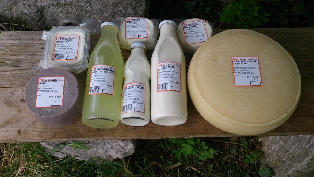 Izdelki iz kozjega mleka, Kmetija Žerjal, Kras gallery photo no.3