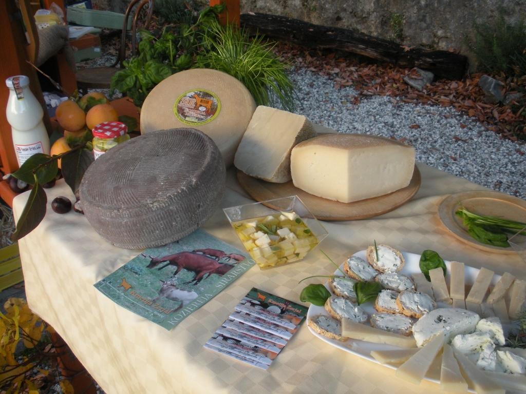 Izdelki iz kozjega mleka, Kmetija Žerjal, Kras gallery photo no.12