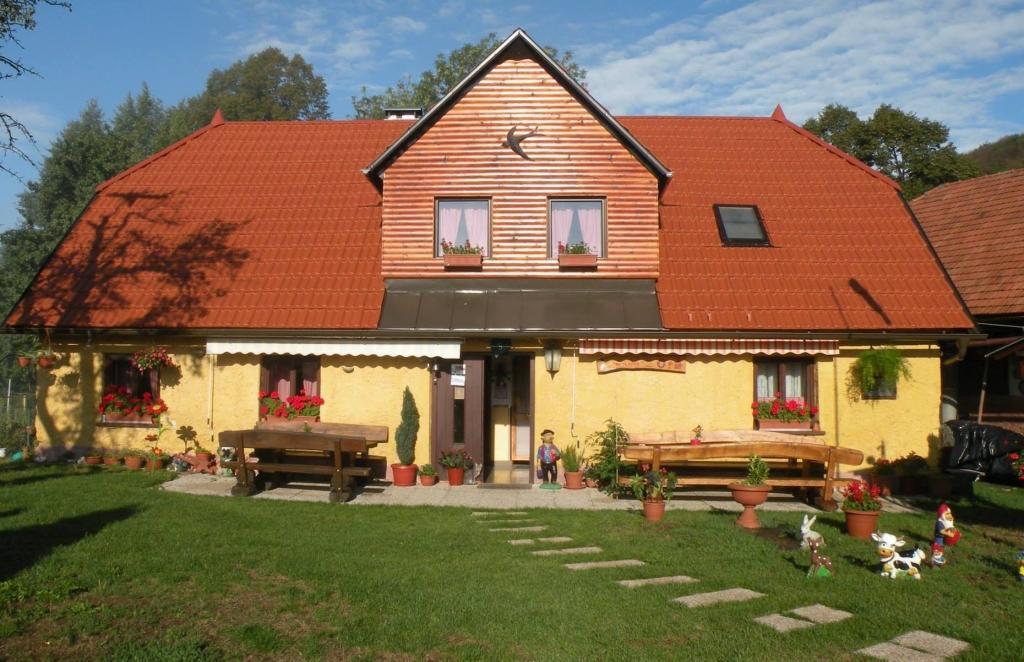 Izletniška kmetija Pr Lavrič, Vače gallery photo no.2