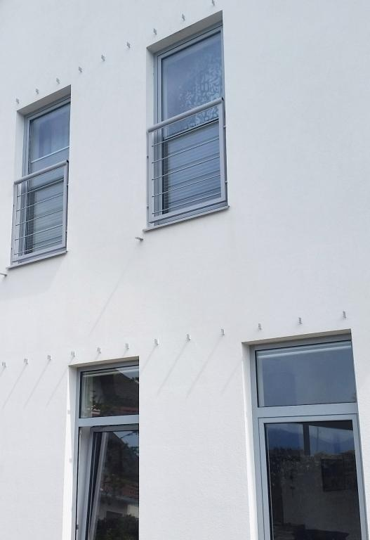 Izposoja prikolic AMIGO Maribor, ciscenje fasad, streh, tlakovcev Maribor gallery photo no.20