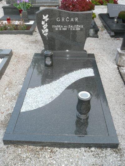 Klesanje črk v nagrobne spomenike, nagrobni spomeniki Gorenjska - klesanje.si gallery photo no.32