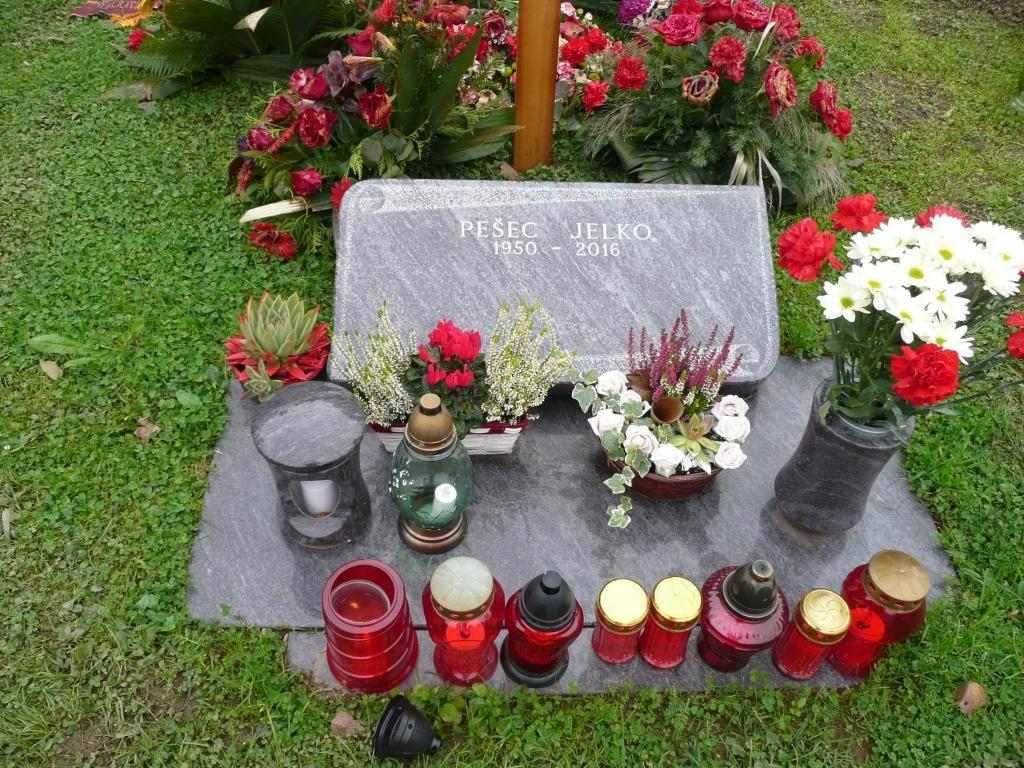 Klesanje črk v nagrobne spomenike, nagrobni spomeniki Gorenjska - klesanje.si gallery photo no.6