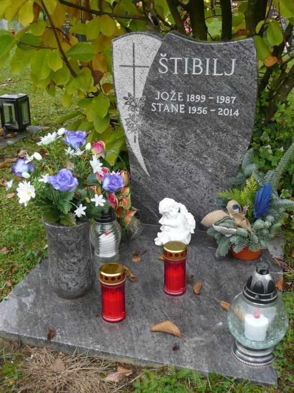 Klesanje črk v nagrobne spomenike, nagrobni spomeniki Gorenjska - klesanje.si gallery photo no.7