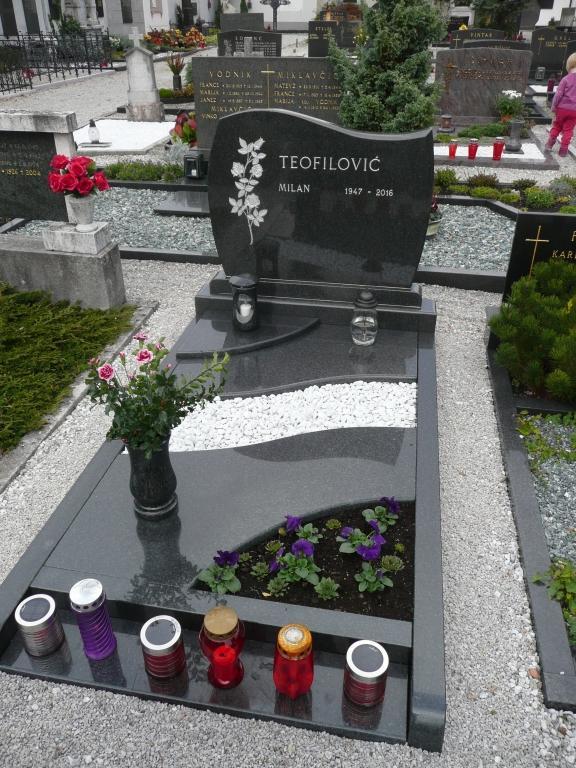 Klesanje črk v nagrobne spomenike, nagrobni spomeniki Gorenjska - klesanje.si gallery photo no.11