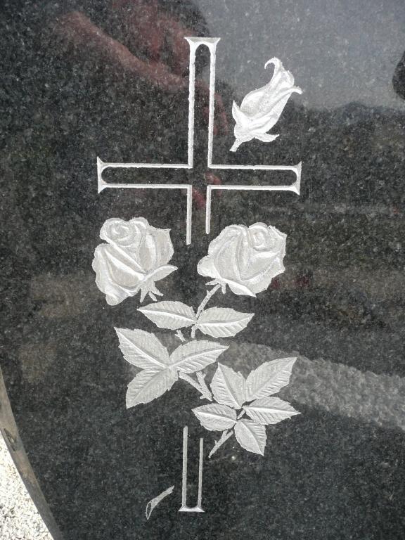 Klesanje črk v nagrobne spomenike, nagrobni spomeniki Gorenjska - klesanje.si gallery photo no.23