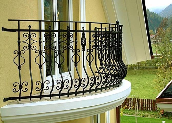 Kovane ograje, kovani nadstreški, kovani izdelki Bruno Kalčič s.p. gallery photo no.4