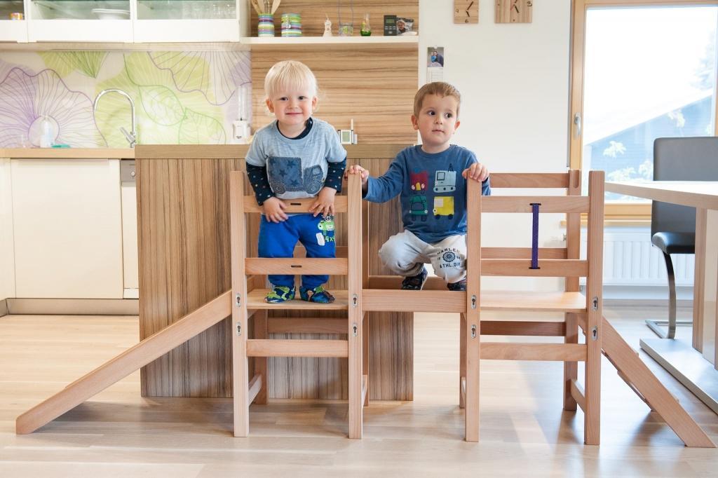 Kuhinjski pomagalček, lesena otroška igrala - Mizarstvo Dečman gallery photo no.0