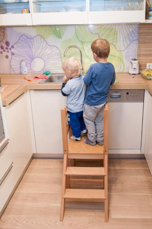 Kuhinjski pomagalček, lesena otroška igrala - Mizarstvo Dečman gallery photo no.19