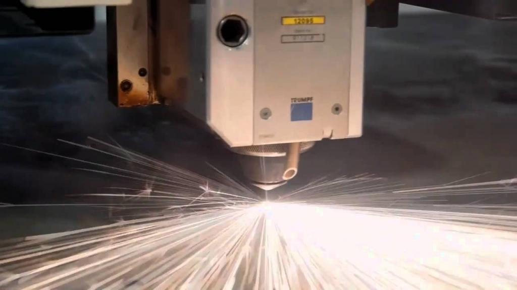 Laserski razrez pločevine, preoblikovanje pločevine, upogibanje materiala gallery photo no.8