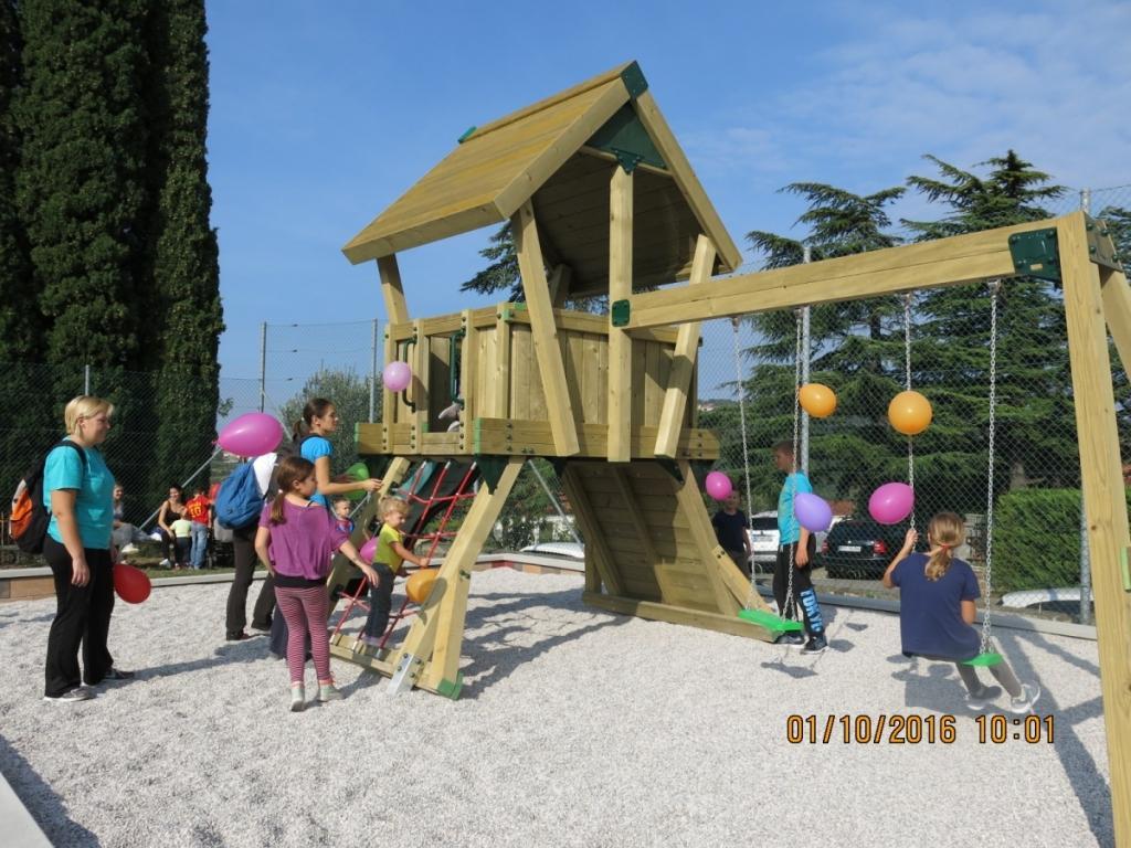 Lesena igrala, zunanja igrala, urbana oprema, Logatec gallery photo no.0