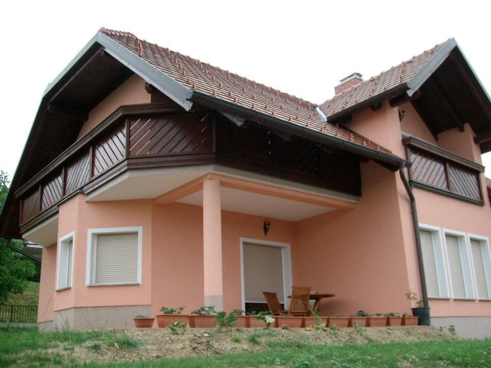 Lesene balkonske ograje, leseni nadstreški, otroška igrala, vrtne ute Hajd Karel s.p., Štajerska  gallery photo no.12