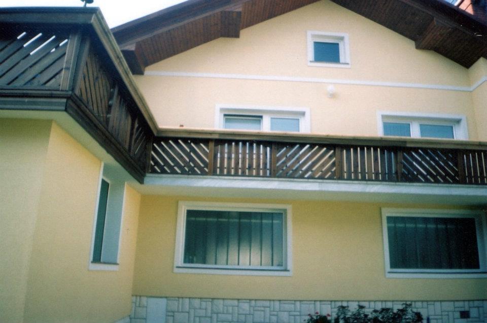 Lesene balkonske ograje, leseni nadstreški, otroška igrala, vrtne ute Hajd Karel s.p., Štajerska  gallery photo no.5