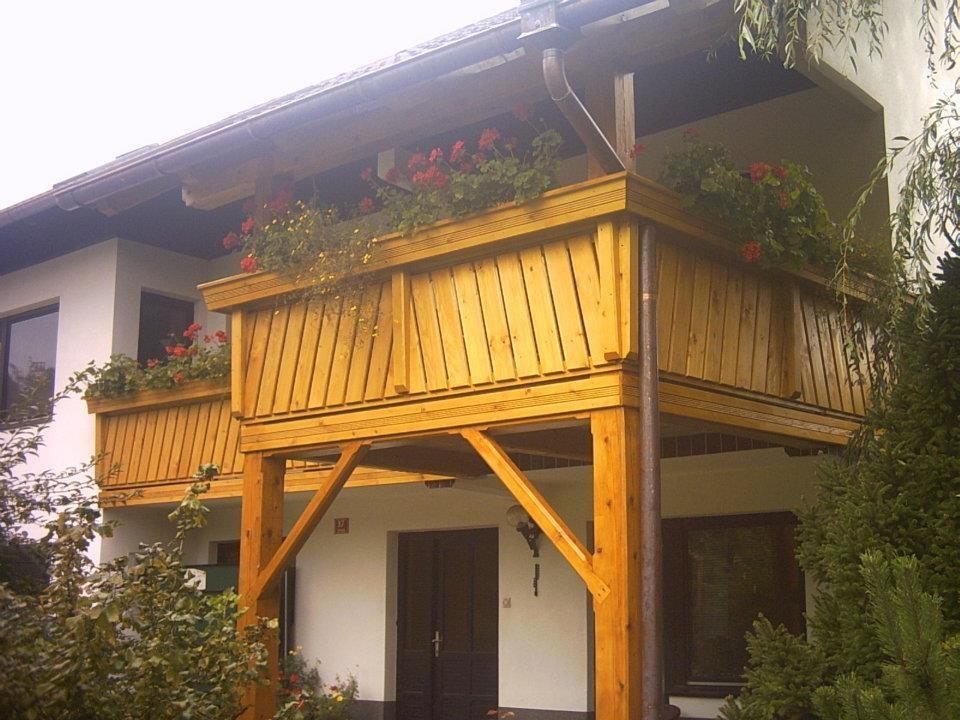 Lesene balkonske ograje, leseni nadstreški, otroška igrala, vrtne ute Hajd Karel s.p., Štajerska  gallery photo no.8
