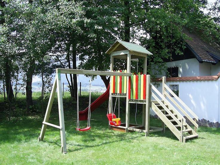 Lesene balkonske ograje, leseni nadstreški, otroška igrala, vrtne ute Hajd Karel s.p., Štajerska  gallery photo no.30