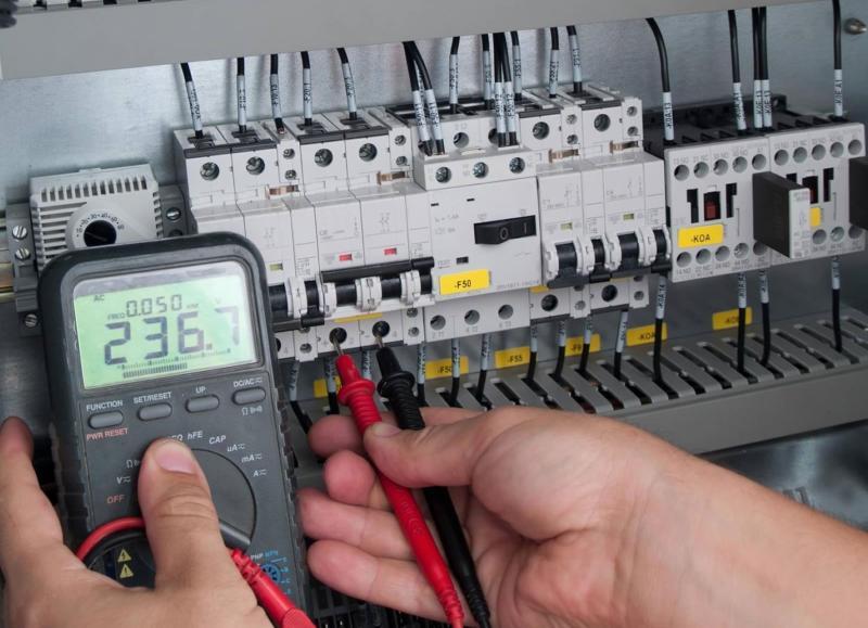 Montaža industrijskih elektro instalacij, vezava elektro omar gallery photo no.0