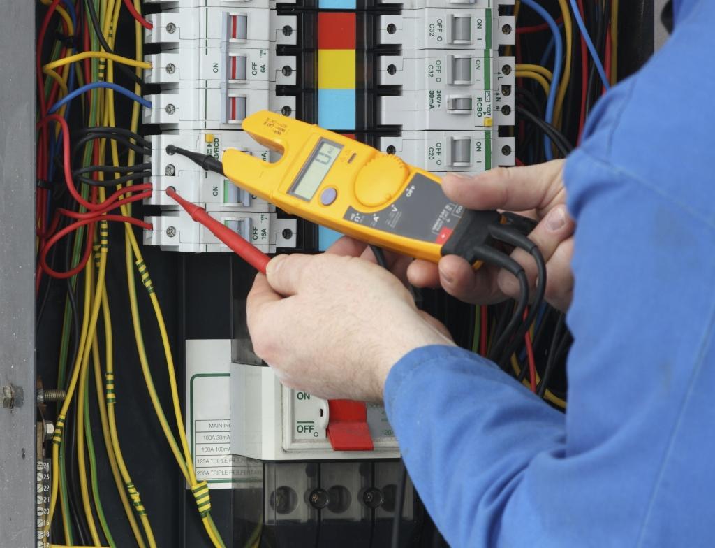 Montaža industrijskih elektro instalacij, vezava elektro omar gallery photo no.2