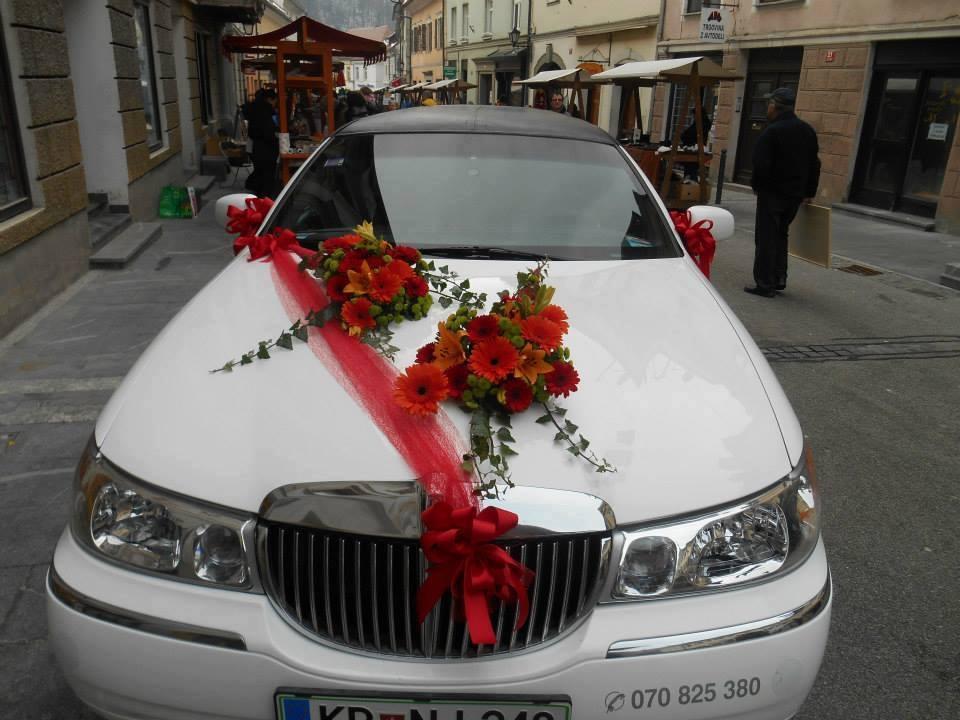 Najem limuzine, najem poročnega avtomobila, najem ameriške limuzine gallery photo no.1