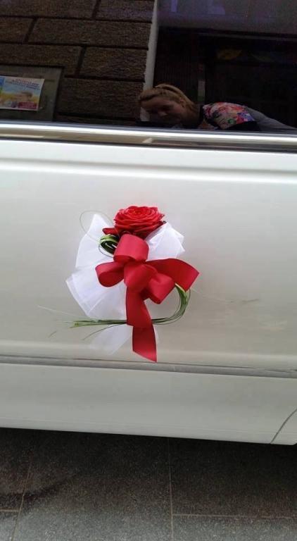 Najem limuzine, najem poročnega avtomobila, najem ameriške limuzine gallery photo no.2