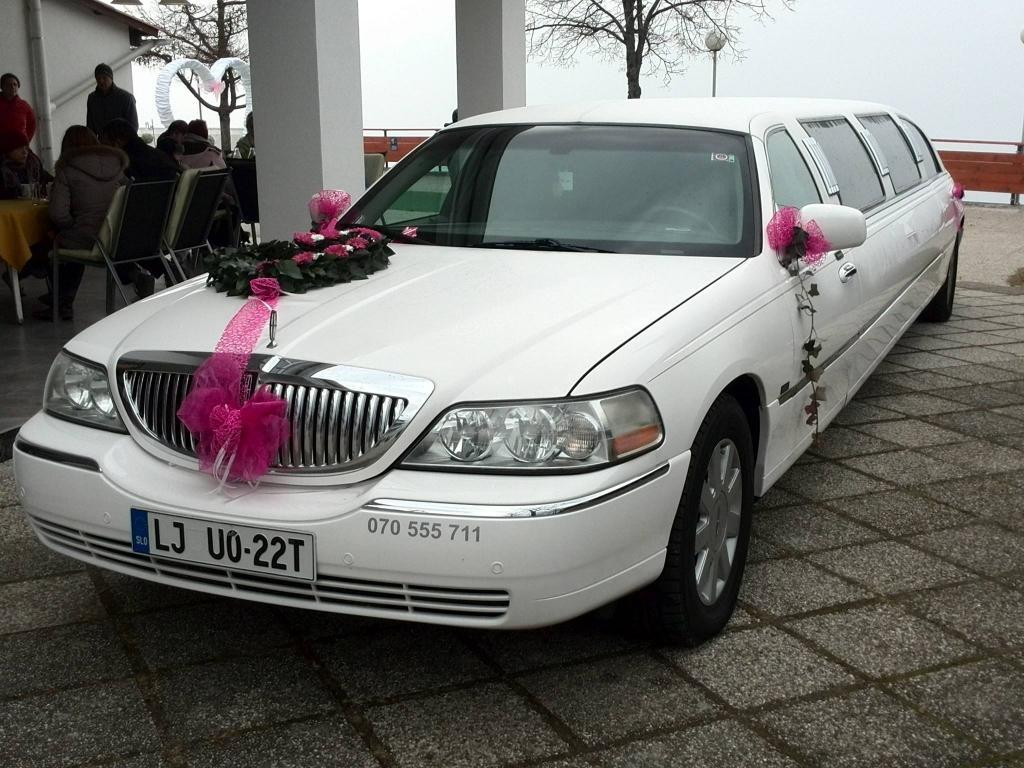 Najem limuzine, najem poročnega avtomobila, najem ameriške limuzine gallery photo no.3