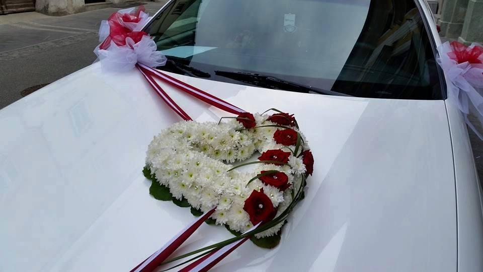 Najem limuzine, najem poročnega avtomobila, najem ameriške limuzine gallery photo no.5