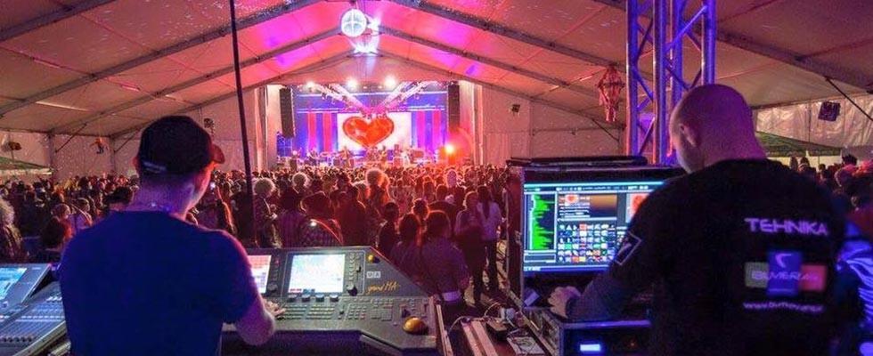 Najem ozvočenja, postavitev ozvočenja, razsvetljava odra, led zasloni Bumerang d.o.o. gallery photo no.6