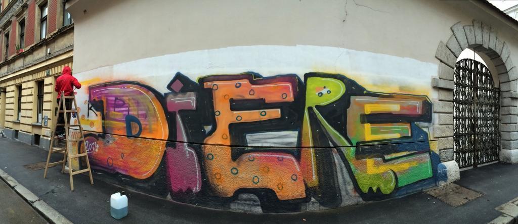 Odstranjevanje grafitov SISAPI, čiščenje fasad, Ljubljana gallery photo no.10