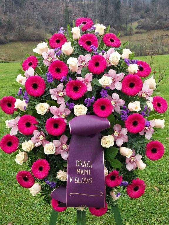 Pogrebna služba, organizacija pogreba, pogreb, urejanje grobov LAVANDA - Dobrova, Polhov Gradec, Horjul, Šentjošt gallery photo no.5