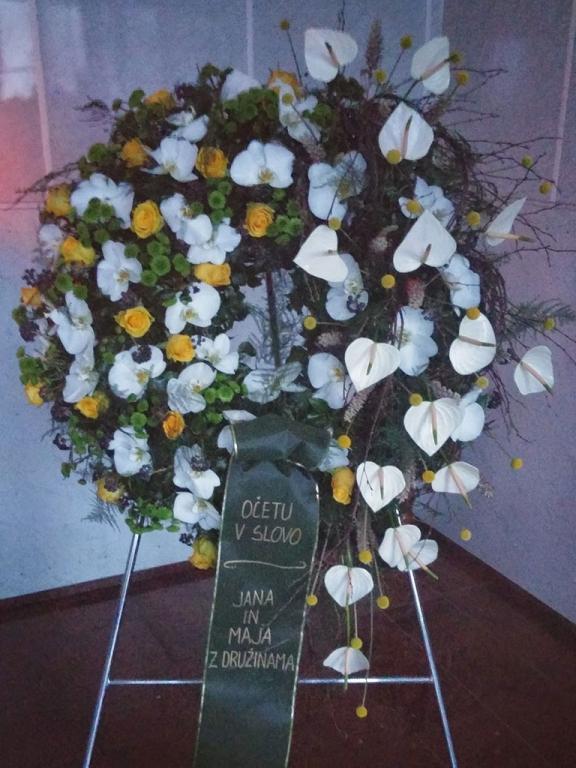 Pogrebna služba, organizacija pogreba, pogreb, urejanje grobov LAVANDA - Dobrova, Polhov Gradec, Horjul, Šentjošt gallery photo no.6