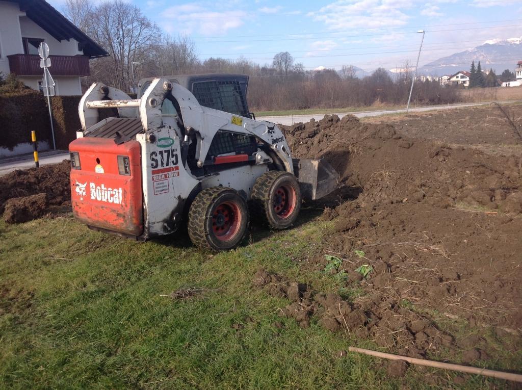 servis gradbene mehanizacije, servis strojev, popravilo beton pumpe, popravilo mikser pump, Robert Mali gallery photo no.8