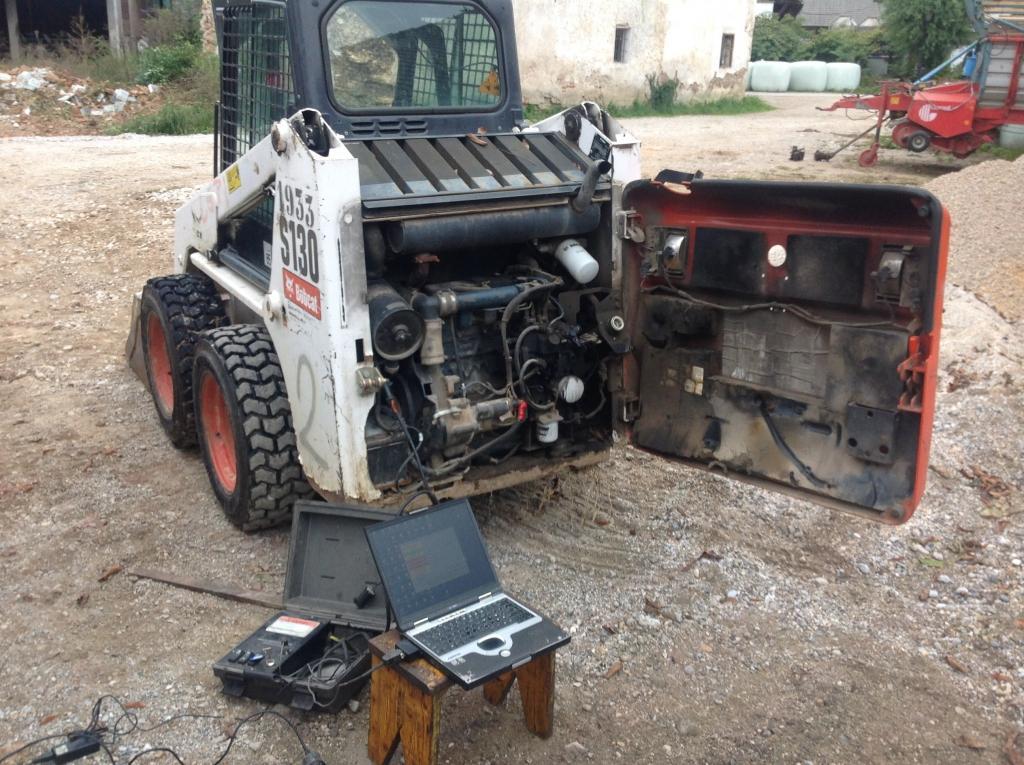 servis gradbene mehanizacije, servis strojev, popravilo beton pumpe, popravilo mikser pump, Robert Mali gallery photo no.13