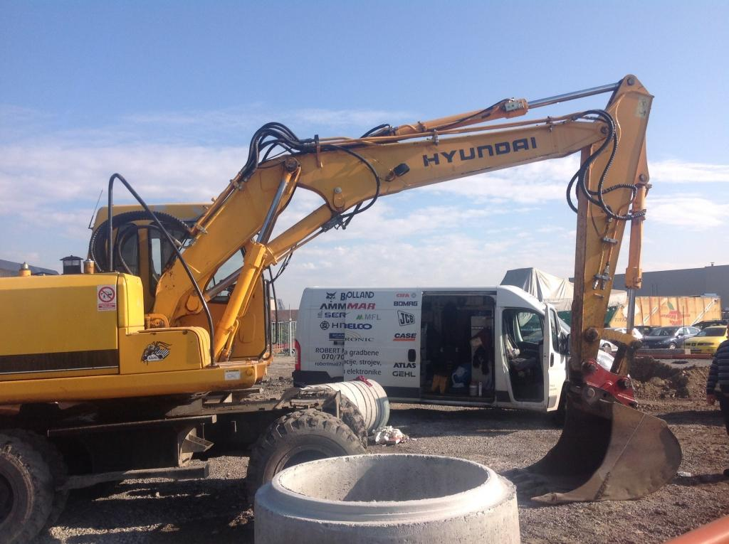 servis gradbene mehanizacije, servis strojev, popravilo beton pumpe, popravilo mikser pump, Robert Mali gallery photo no.15